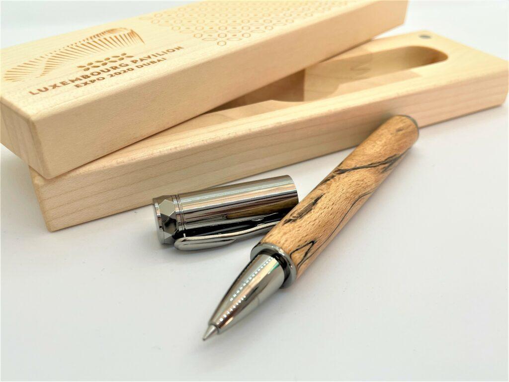 wooden pen shop